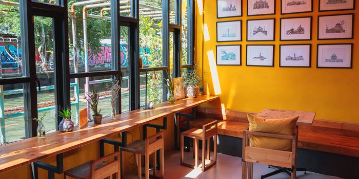 Ambience of Yelo Cafe at 20/2 Rama I Rd Khwaeng Wang Mai, Khet Pathum Wan Bangkok