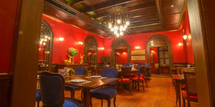 Ambience of Praya Dining at Somdej, Prapinklao Soi 2, Bangkok