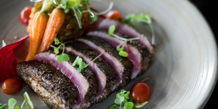 Grilled Tuna from Zook Rooftop Bar at Zazz Urban Hotel 308/1 Rama 9 Road Huai Kwang, Bangkok