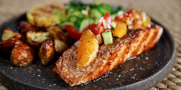 Pan Seared Salmon Fillet, Bungalow, Lan Kwai Fong, Hong Kong