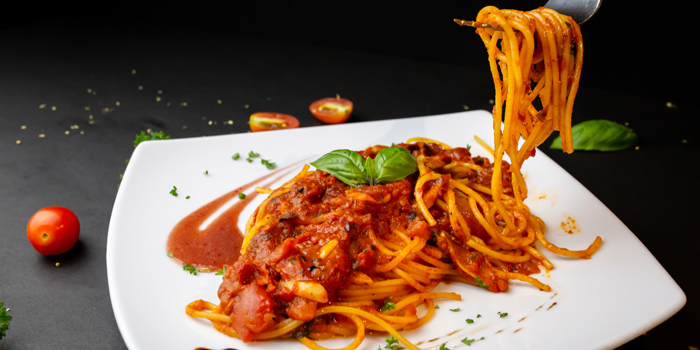 Spaghetti with Fresh Tomato Sauce from Sala Rossa at The Grand Building Soi Mahadlekluang 2,Rajdamri Rd Lumpini,Pathumwan Bangkok