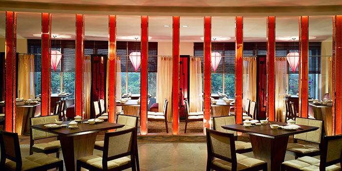 Main Dining Area of Szechuan Court in Fairmont Singapore, Singapore