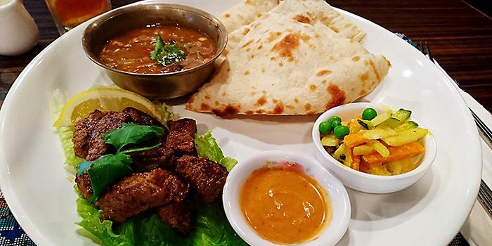 Taekari Daai Naan, Annapurna Restaurant & Bar, Central, Hong Kong