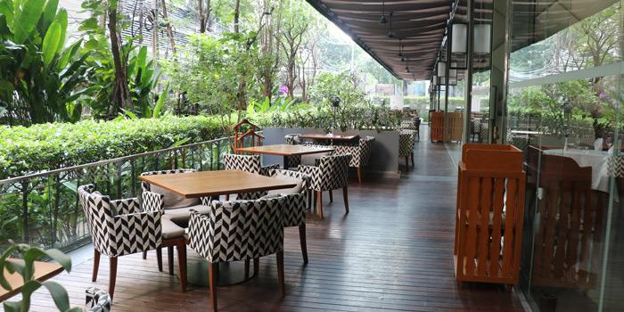 Outdoor Seating from Elefin at 3/250 Soi Mahadlekluang 2 Rajadamri Road, Patumwan Bangkok