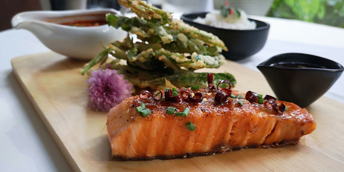 Pan Seared Salmon from The Ninth Cafe