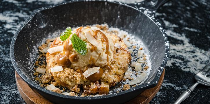 Warm-Apple-Crumble from Pots Pints & Tikis in Patong, Phuket, Thailand