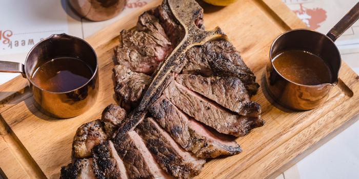 Dry-Aged-T-Bone-Steak from Butcher