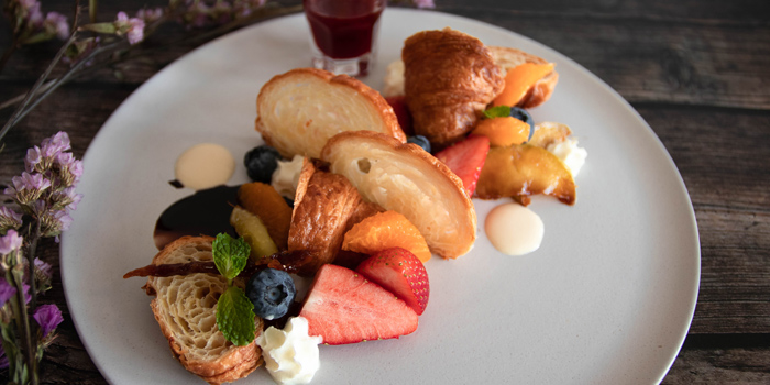 Fruit Croissant from Healthy Tasty Club at 38 Soi Silom3(pipat) Silom, Bangrak Bangkok