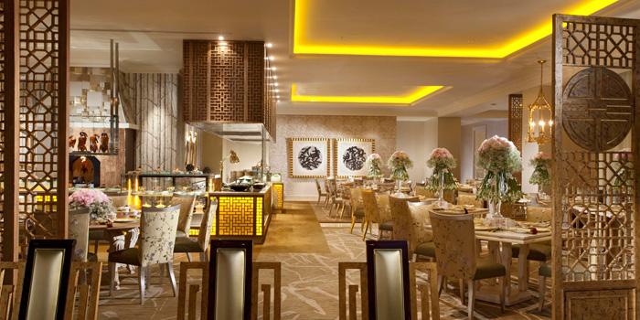 Interior 1 at Table8, Hotel Mulia Jakarta