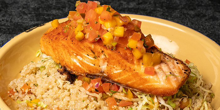 Mango Salsa Salmon Quinoa from Chimi