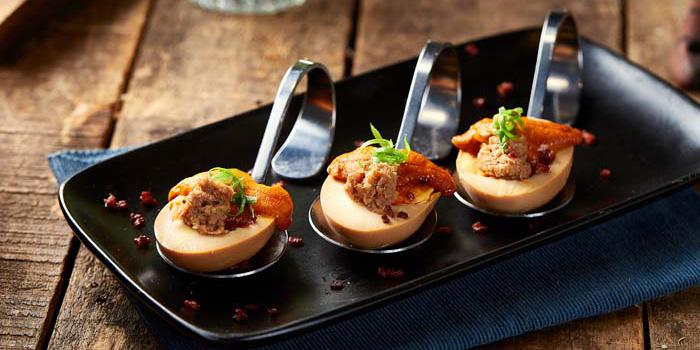 Smoked egg with Urchin, Tian Tian Hainanese Chicken Rice (Tsim Sha Tsui), Tsim Sha Tsui, Hong Kong