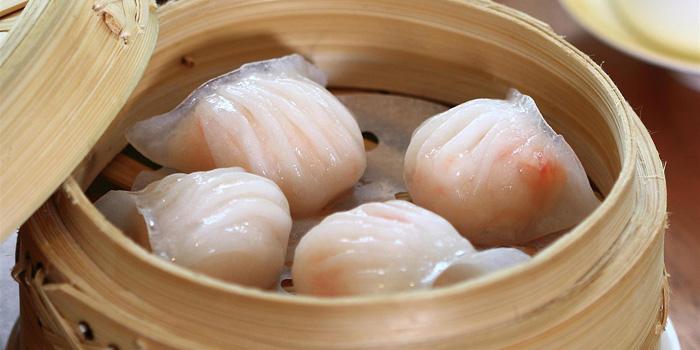 Steamed Prawn Dumpling at Table8, Hotel Mulia Jakarta