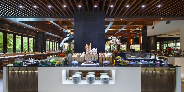 Interior 2 at Banyubiru Restaurant (The Laguna, a Luxury Collection Resort & Spa)
