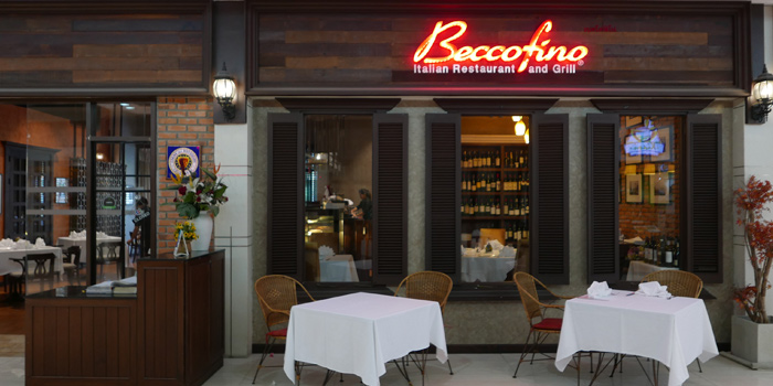 Ambience of Beccofino Italian Restaurant at 90 Soi Thong Lor Khlonton Nua, Wattana Bangkok