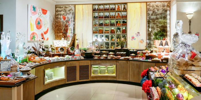 Dessert Station from Public Restaurant at Avani Atrium Bangkok Hotel 1880 New Petchaburi Rd, Bang Kapi Huai Khwang, Bangkok