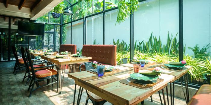 Ambience of Kinnaree Gourmet Thai at 43 Soi Sukhumvit 8 Khwaeng Khlong Toei, Khet Khlong Toei Bangkok