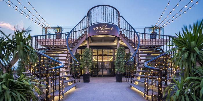 Ambience of Topknot Rooftop Bar & Restaurant at Hotel Once Bangkok 2074/99 Charoenkrung 72/2 ,Bangkorlaem Bangkok