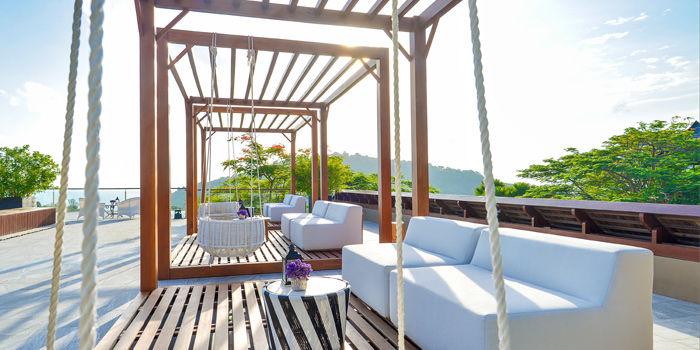 Atmosphere of Vida Rooftop Bar in Patong, Thailand