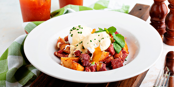 Corned Beef Potato Hash with Poached Eggs, PONG ifc, Central, Hong Kong