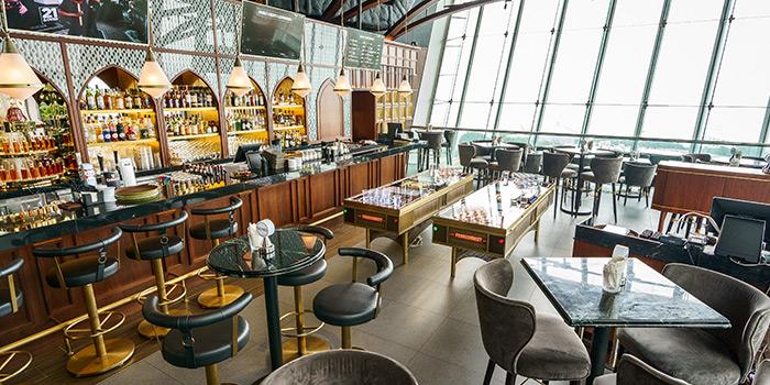 Dining Area, PONG ifc, Central, Hong Kong