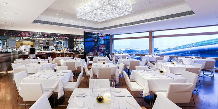 Interior, Isola Bar & Grill, Central, Hong Kong