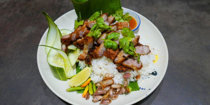 KhaoMooTod from Yelo Cafe at 20/2 Rama I Rd Khwaeng Wang Mai, Khet Pathum Wan Bangkok