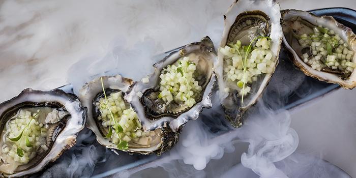 Oysters, maze Grill, Tsim Sha Tsui, Hong Kong