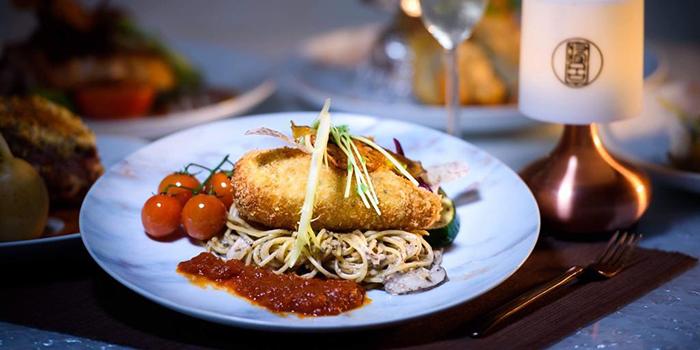 Pan-Fried Barramundi Fillet with Provencal Tomato Sauce, Badroom Bar & Restaurant, Tsim Sha Tsui, Hong Kong