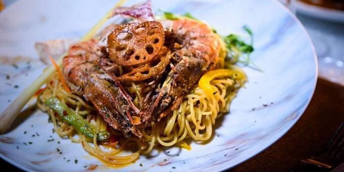 Pan-Fried King Prawn with Chilli Spaghetti Ali Olio, Badroom Bar & Restaurant, Tsim Sha Tsui, Hong Kong
