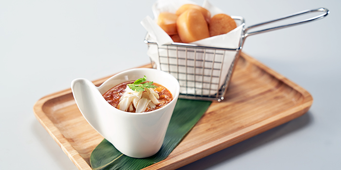 Chilli Crab Meat Sauce with Sliced Fried Mantou from JUMBO Seafood (Jewel Changi Airport) in Changi, Singapore
