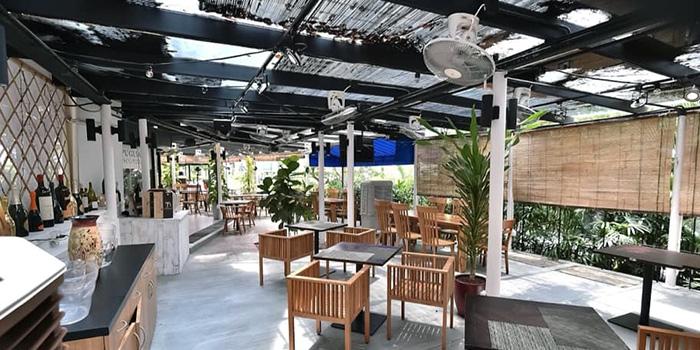 Alfresco Seating at Puglia Alfresco Pizza Bar in Orchard, Singapore