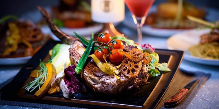 Tomahawk Steak, Badroom Bar & Restaurant, Tsim Sha Tsui, Hong Kong