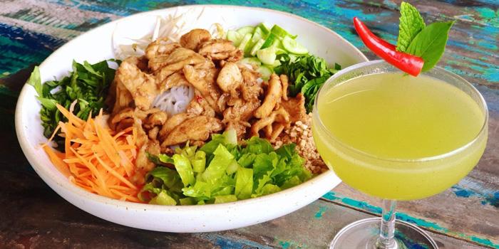 lemongrass-chicken-and-thai-fling from Chalong Bay Distillery & Restaurant in Chalong, Phuket, Thailand