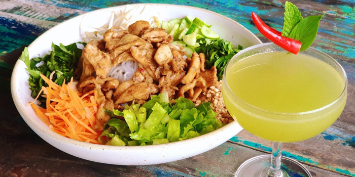 lemongrass-chicken-and-thai-fling from Chalong Bay Distillery & Restaurant in Chalong, Phuket, Thailand