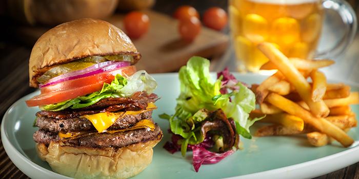 Beef Burger, The Salted Pig, Kwai Fong, Hong Kong