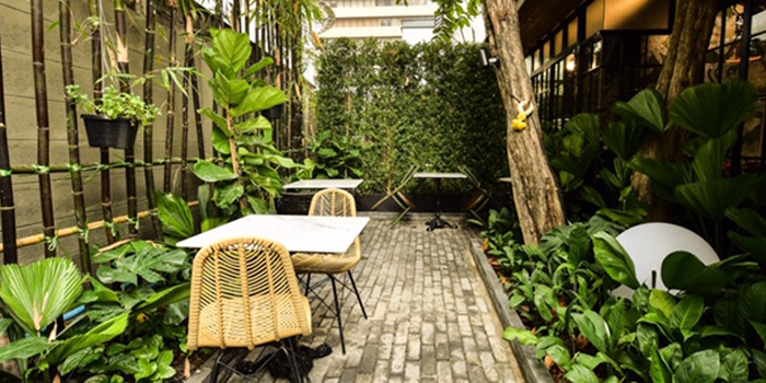 Dining Area of Kiew kai ka at 68/2 Asok Montri Rd Khlong Toei, Khet Watthana Bangkok