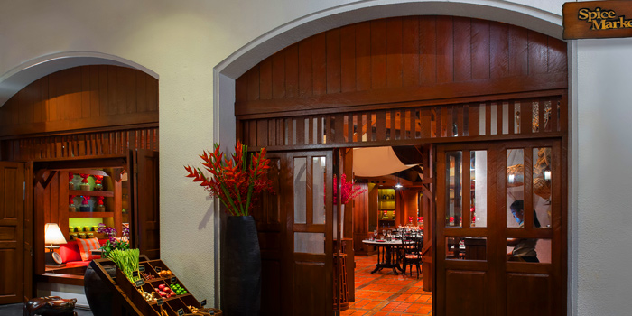 Entrance of Spice Market at Anantara Siam in Ratchadamri, Bangkok
