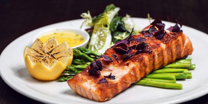 Grilled Norwegian Salmon Fillet, Bungalow, Lan Kwai Fong, Hong Kong