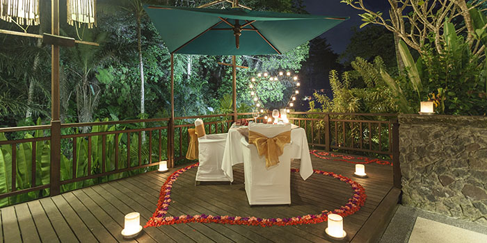 Romantic Dinner from Swept Away, Ubud, Bali