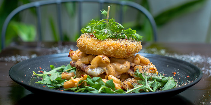 Mac and Cheese Burger at Plunge Dining & Co