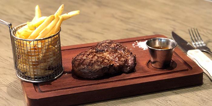 Cenacolo Steak & Pasta
