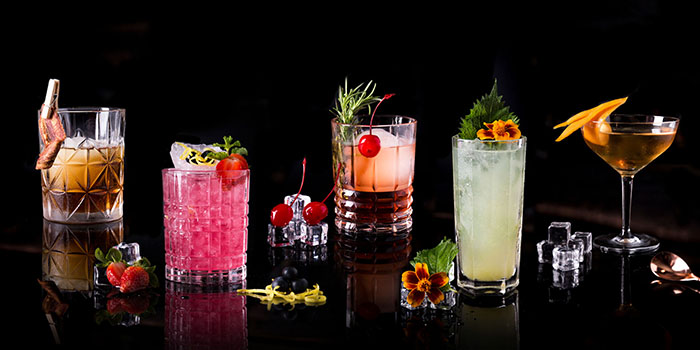 Beverages at Oku, Kempinski