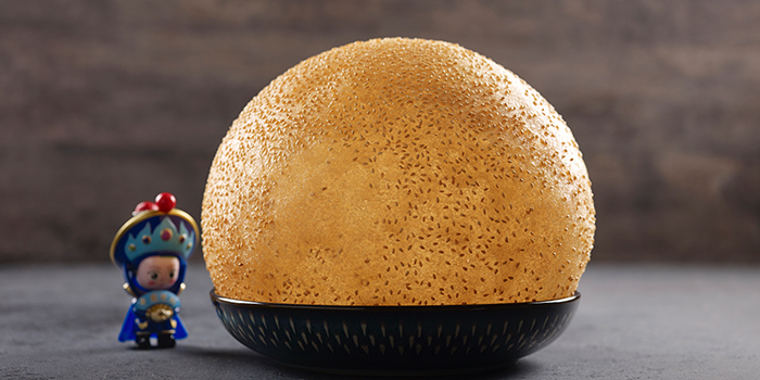 The Giant Sesame Ball from Chengdu 成都 in Telor Ayer, Singapore