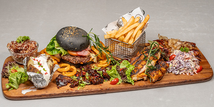 Sharing Plank from G Bar & Grill at Apex @ Henderson in Bukit Merah, Singapore