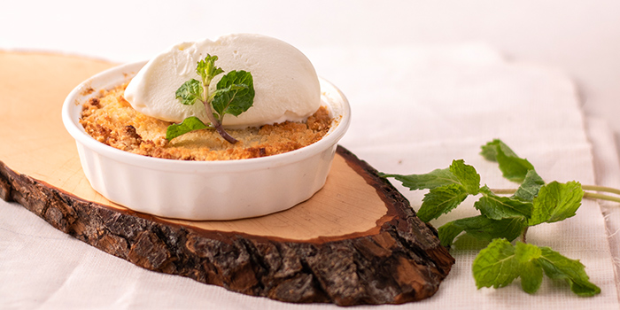Baked Chempedak Crumble from JÙN Restaurant at Capri by Fraser, China Square in Chinatown, Singapore