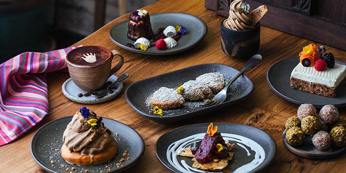 Desserts from Kafe Utu in Chinatown, Singapore