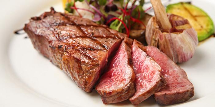 Sirloin Steak, MoMo Cafe (Sai Ying Pun), Sai Ying Pun, Hong Kong