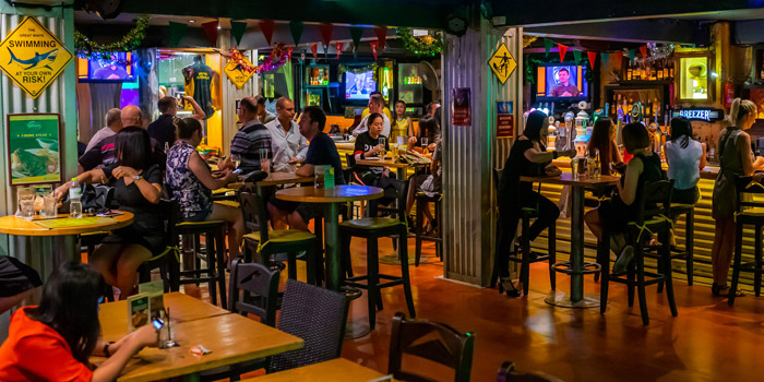 Ambience of The Australian Pub & BBQ at from The Australian Pub & BBQ at 37 Sukhumvit Soi 11 Khlong Tan Nuea, Wattana Bangkok