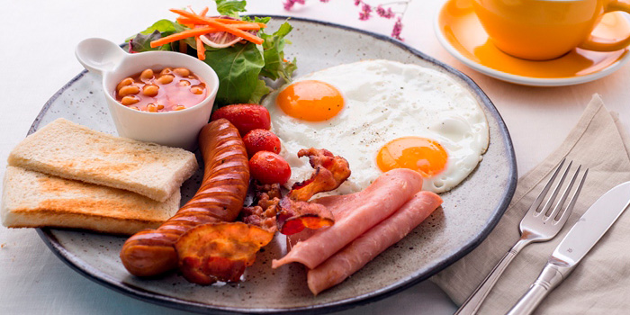 American Breakfast from Butter Cup at 36 Amari Residence, New Petchaburi Rd Bang Kapi, Huai Khwang Bangkok