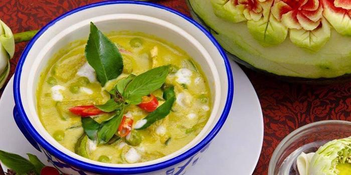 Chicken Green Curry from Ruan Songnaree at 12/20 Soi Sukhunvit 33, Sukhumvit Rd Klongton Nua, Wattana Bangkok